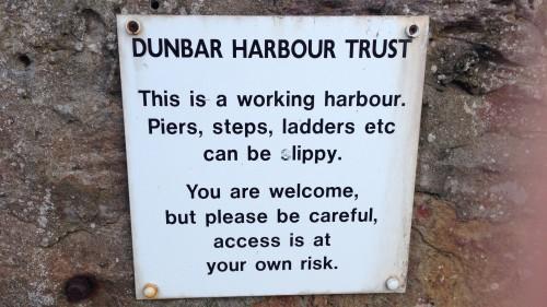 Schottland - Wortreiche Schilder